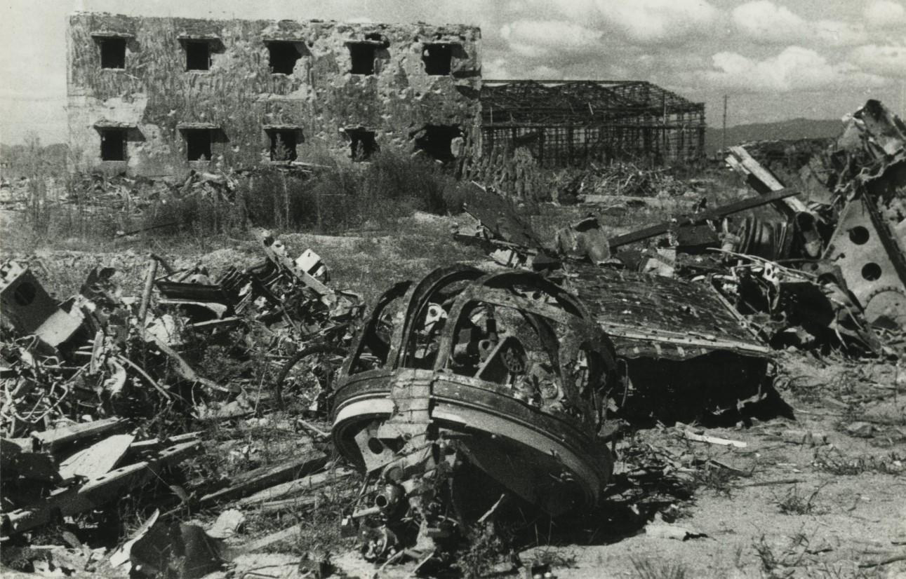 空襲を受けた三菱重工業(株)水島航空機製作所